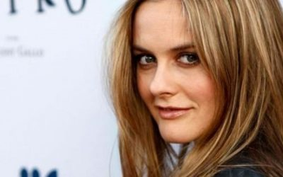 Alicia Silverstone speaks about animal agriculture destroying our planet