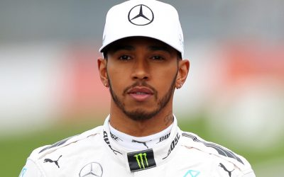 Lewis Hamilton urges fans to go vegan